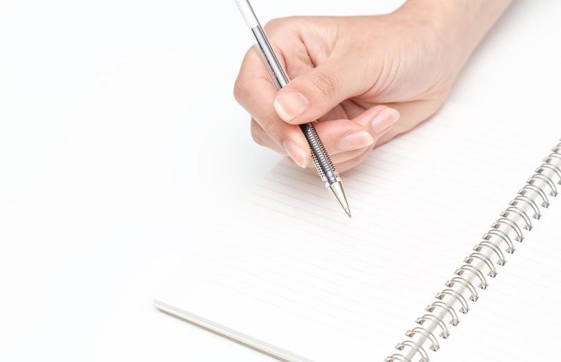 履歴書は手書きとパソコン作成どっちがいいの?